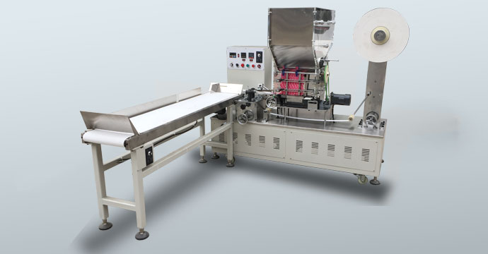 Single straw packing machine